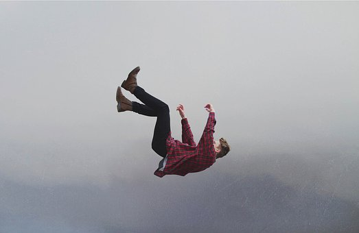 Avoid the Hypnic Jerk with Lucid Dreaming