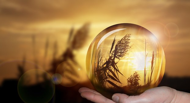 The Edgar Cayce Legacy: 11 Predictions Made By Looking At The Past